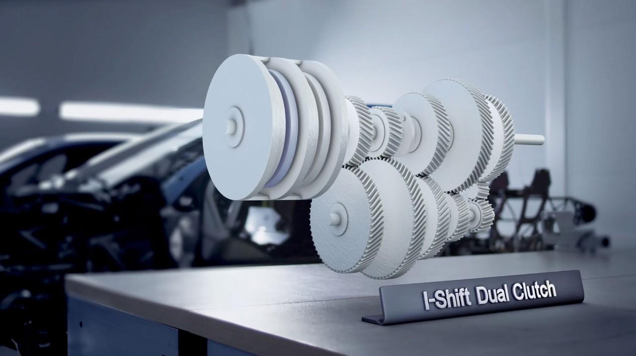 L'innovativo I-Shift Dual Clutch offre una risposta fluida e nessuna perdita di potenza durante i cambi di marcia.